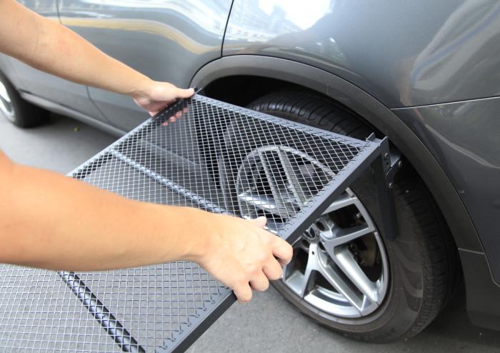 輪胎便利桌架